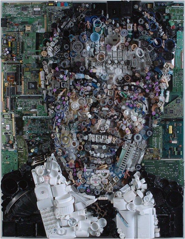 Портреты из мусора (20 фото)