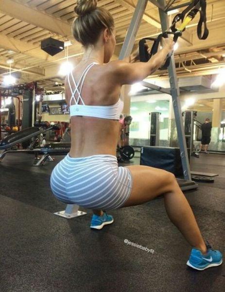 Спортивные девушки (49 фото)