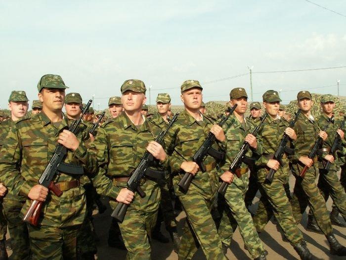 Новый автомат на вооружении РФ (2 фото)