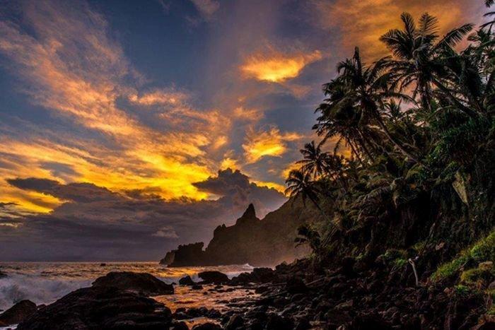 Отдаленный остров в Тихом океане (25 фото)