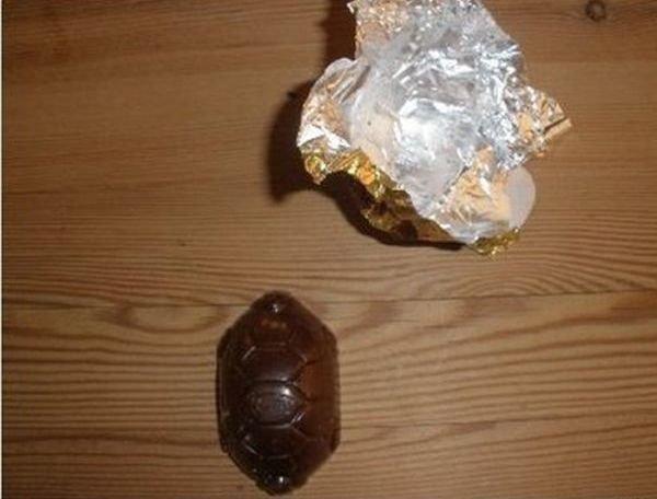 Прикол с конфетой (13 фото)