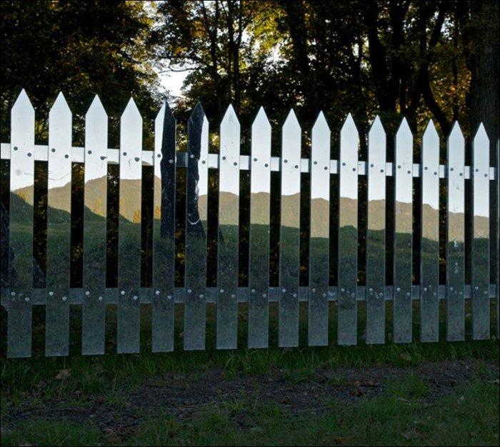 Забор-зеркало (8 фото)