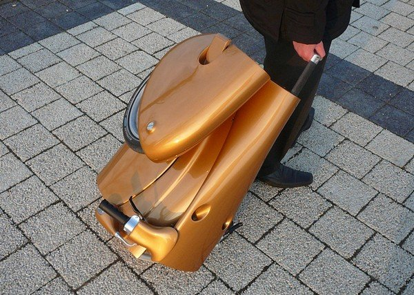 Скутер-трансформер (4 фото)