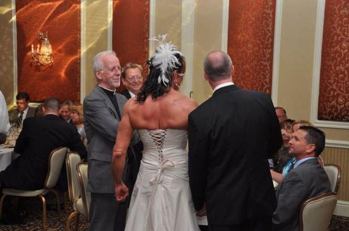 Необычная невеста (20 фото)