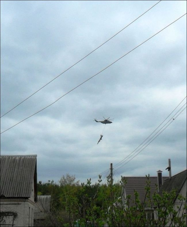 Самолет в воздухе (3 фото)