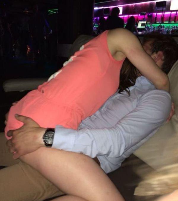 Фото жены в клубе, фото задыхающий девушки