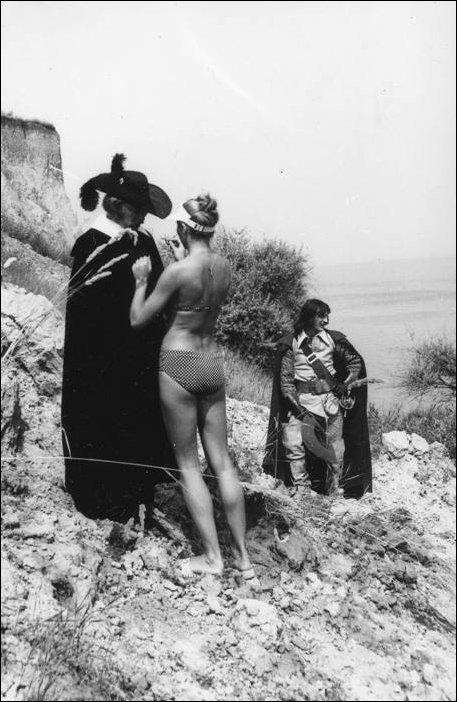 Кадры со съемок фильма Три мушкетера (26 фото)