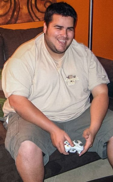 Толстяк накачался (2 фото)