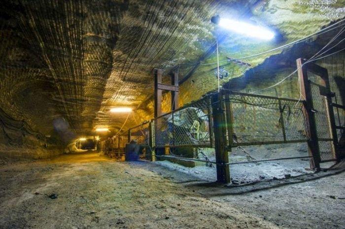 Пещера под Екатеринбургом (11 фото)