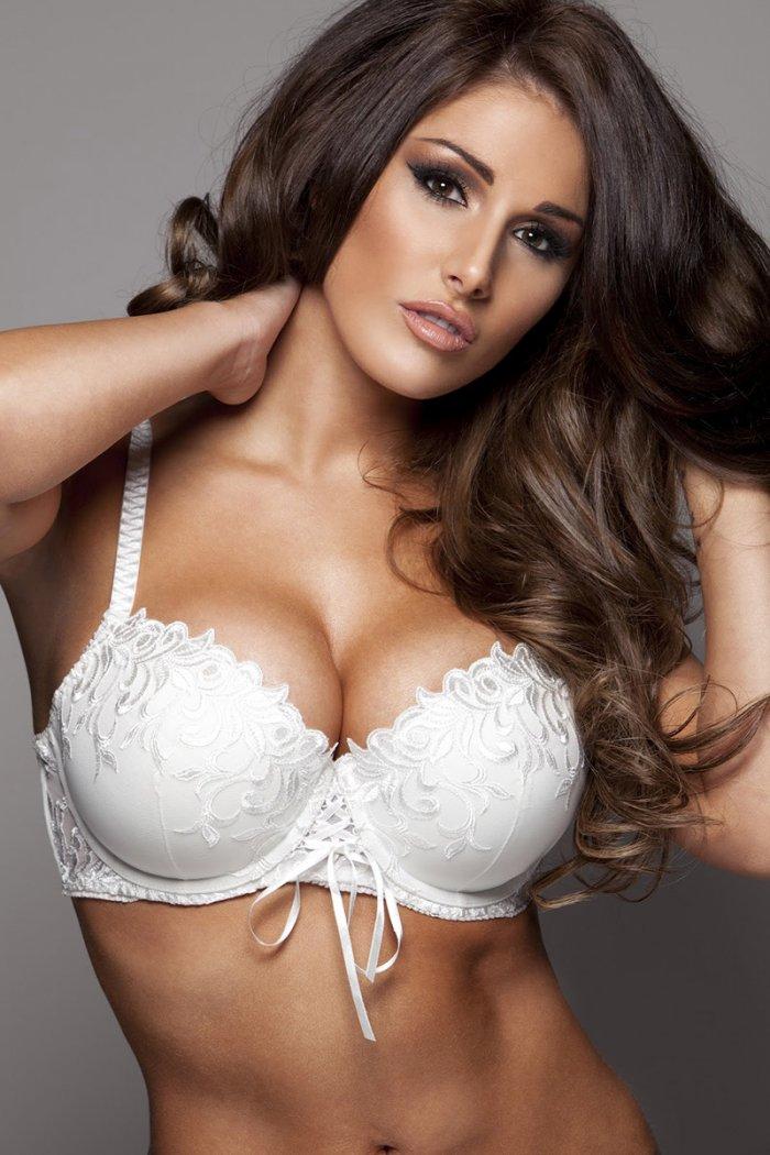 сашкой успели самые красивые женские груди в мире крайней