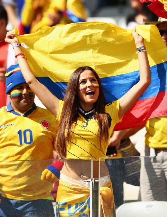 Болельщицы на Чемпионате мира по футболу (26 фото)