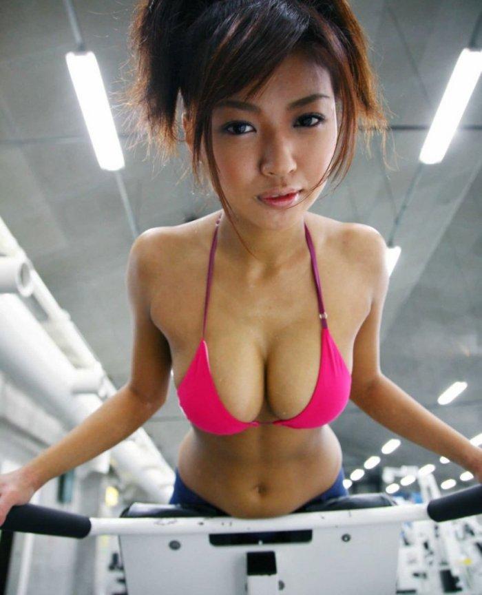Азиатки (17 фото)