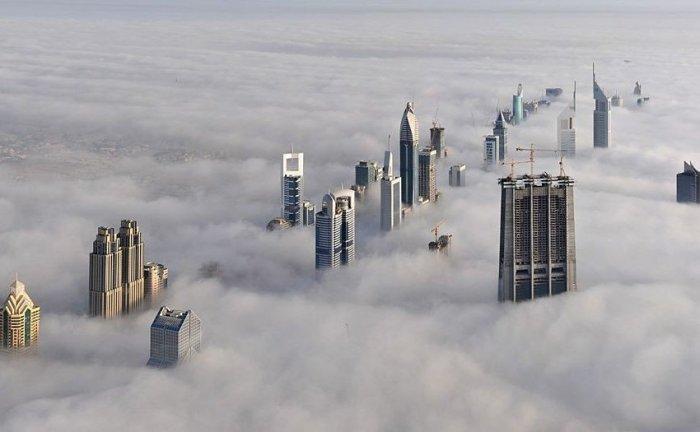 Города в тумане (12 фото)