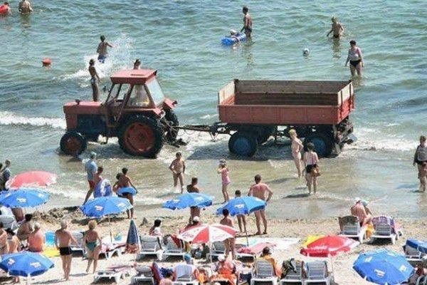 Приколы на пляже (26 фото)
