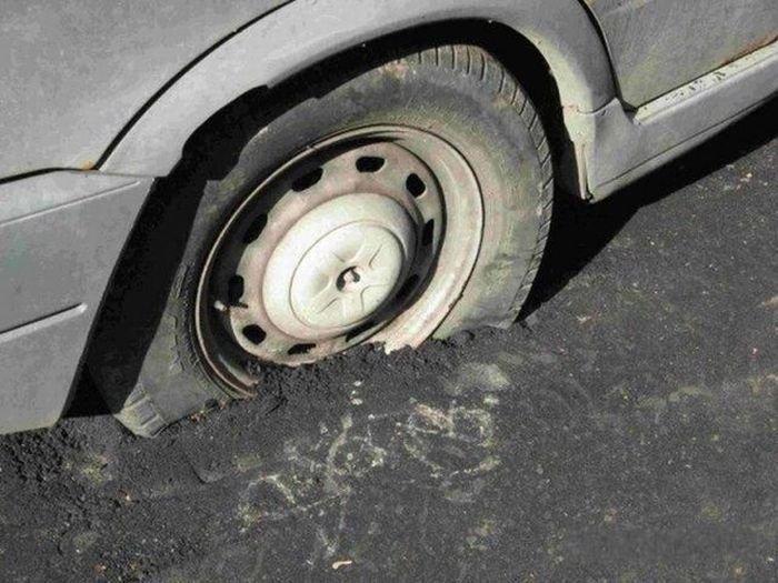 Наказание за неправильную парковку (22 фото)