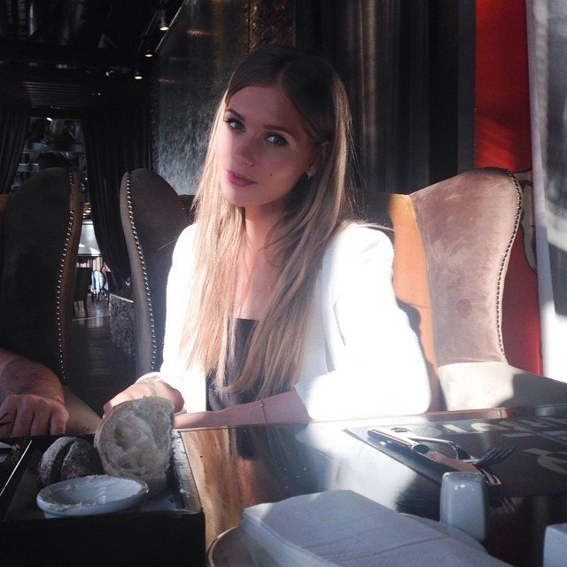 Кристина Асмус (20 фото)