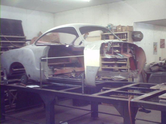 Вторая жизнь старого автомобиля (24 фото)
