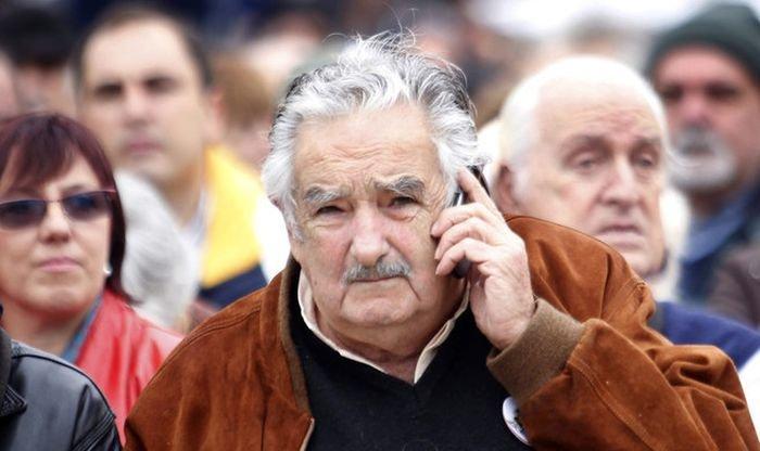Хосе Мухика - самый бедный президент в мире (10 фото)