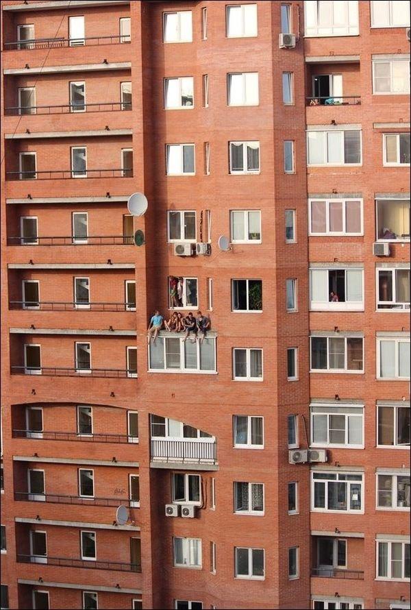 Когда нет балкона (4 фото)