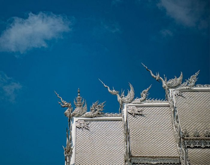 Храм Ват Ронг Кхун (14 фото)