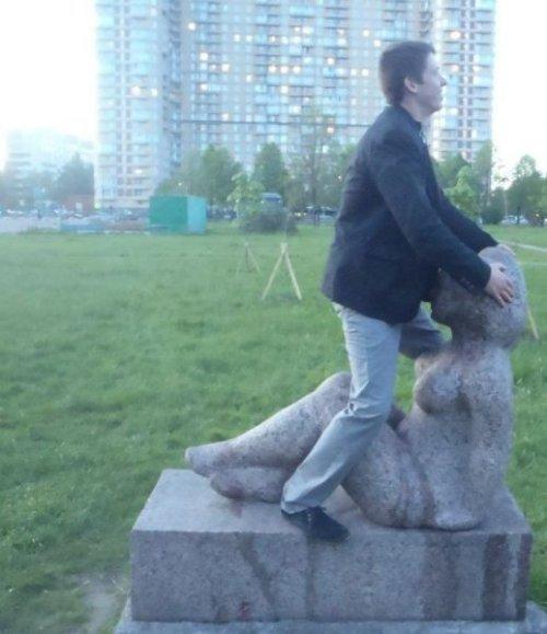 Фото с памятниками (39 фото)