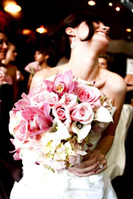 Реакция на букет невесты (3 фото)