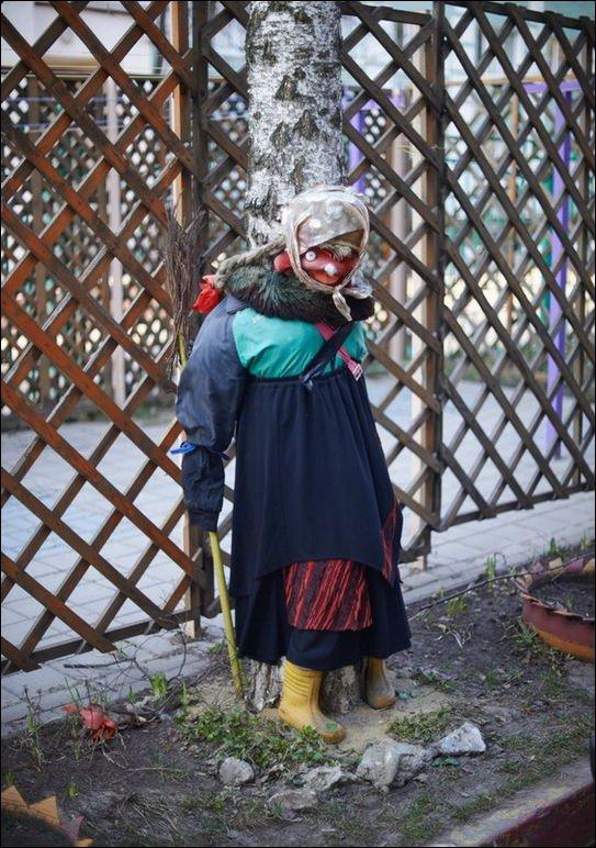 Ужасы дворов и детских площадок (68 фото)