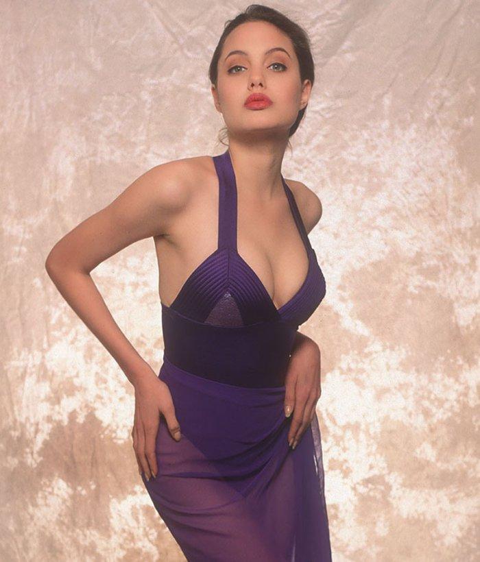 Старая фотосессия Анжелины Джоли (10 фото)
