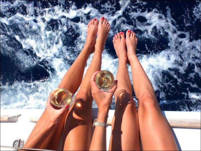 Ножки девушек (28 фото)