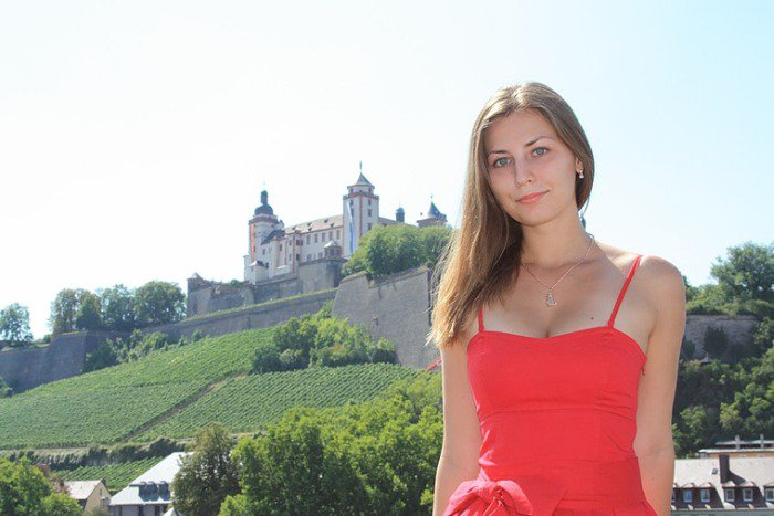 Очаровательная русская учительница (20 фото)