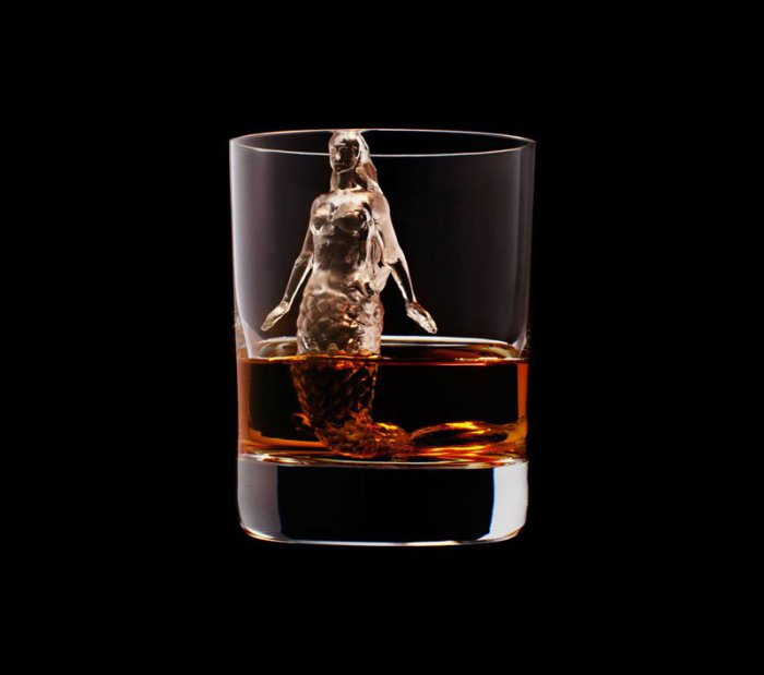 Ледяные скульптуры в виски (24 фото)