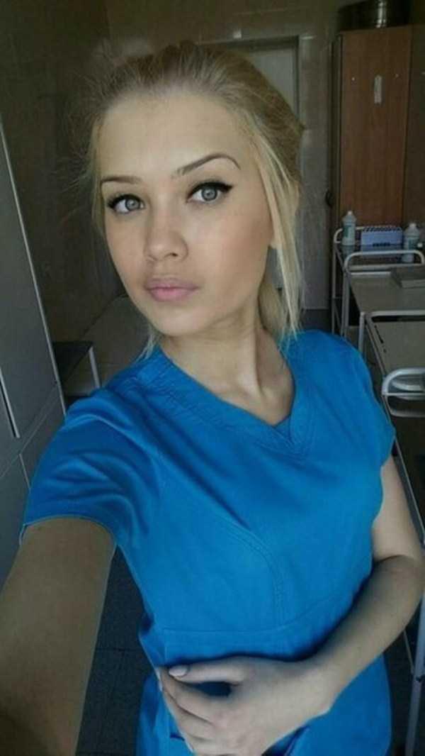 Девушки в медицине (48 фото)