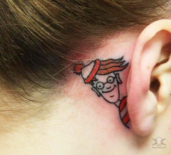 Татуировки на ушах (26 фото)