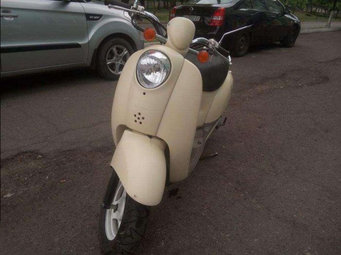 Продается скутер (5 фото)