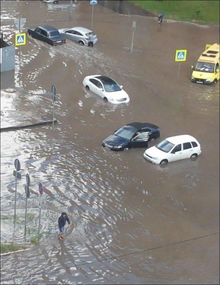 После дождичка в Тюмени (3 фото)