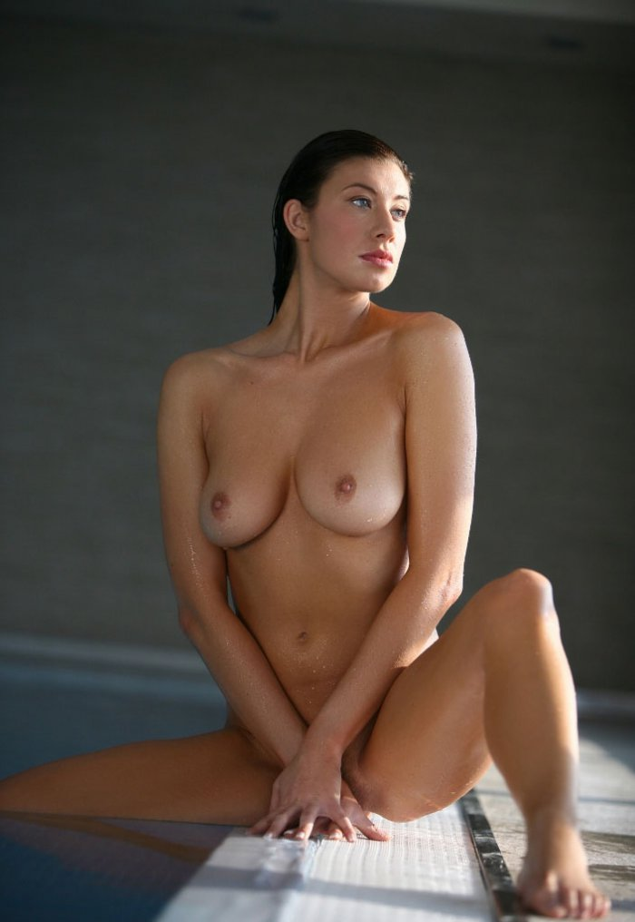 Maria from corrie nude — photo 10