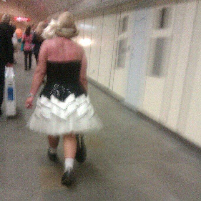 Модники в метро (22 фото)