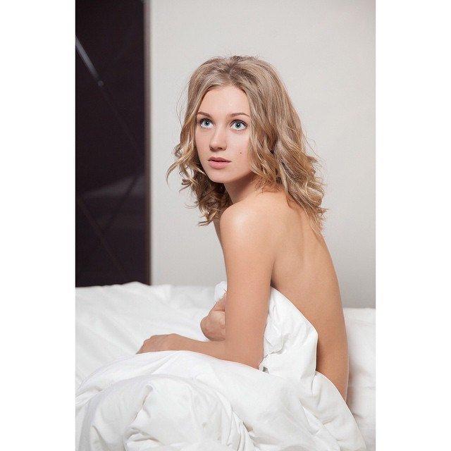 Кристина Асмус (19 фото)