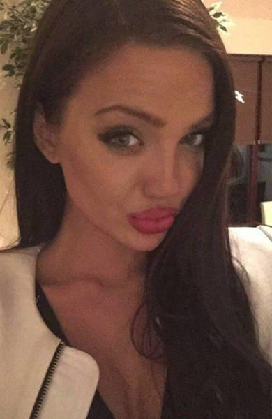 Двойник Анджелины Джоли (24 фото)