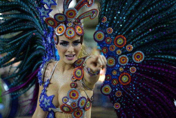 Девушки на карнавале в Рио (21 фото)