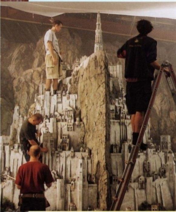 Миниатюры в голливудских фильмах (24 фото)