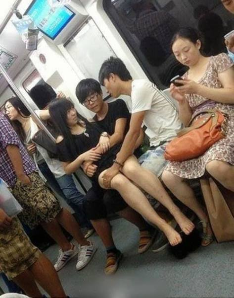 Тем временем в Азии (40 фото)