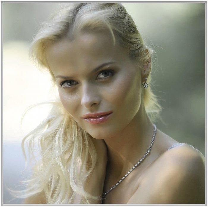 vse-russkie-aktrisi-foto-zhenshini