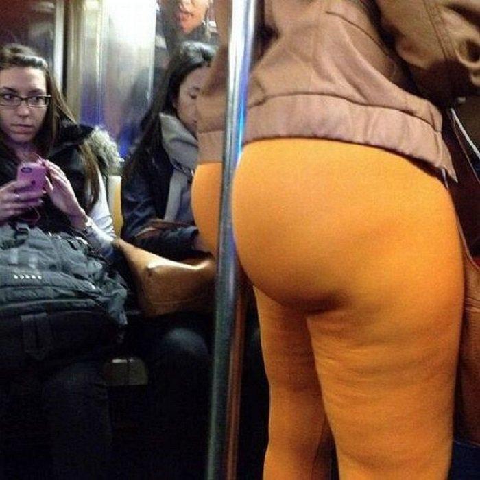 попки в автобусе фото