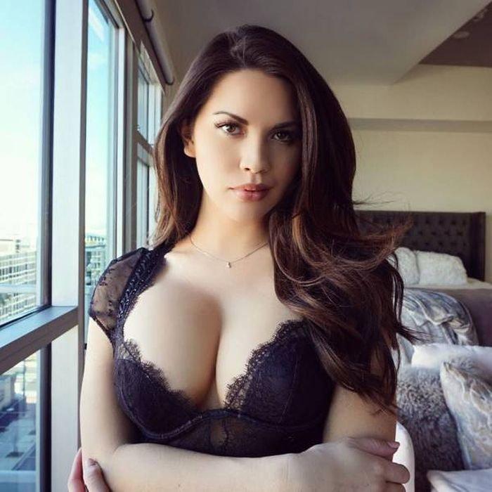 Фото пышногрудых красоток, красивые толстые сексуальные жопы украина эротика