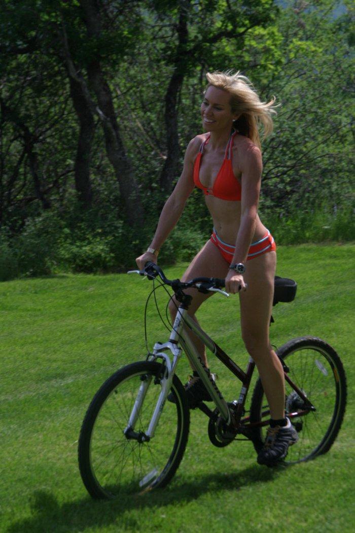 Фильм девушка на велосипеде картинки
