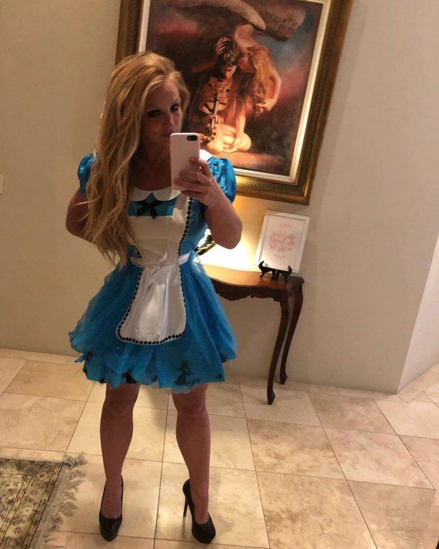 Как сейчас выглядит 38-летняя Бритни Спирс (13 фото)