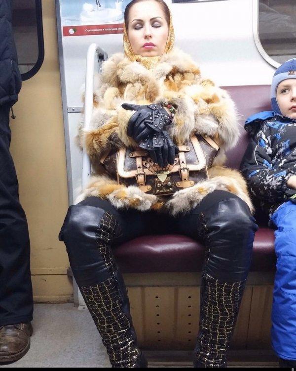 Стиляги в метро (03/12/2019)