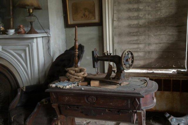 Старый заброшенный дом на Лонг-Айленде (21 фото)