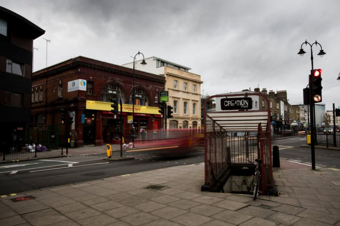 Кинг-Уильям-Стрит - заброшенный терминал метро Лондона (15 фото)
